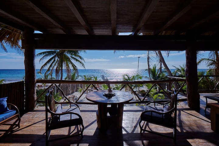Amazing Beachfront House in Fantastic Location