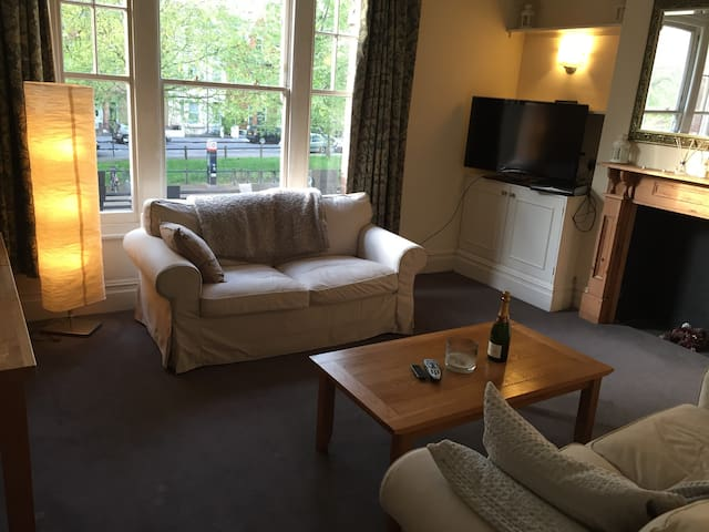 Comfy Home in Leafy Fulham - Londra - Appartamento