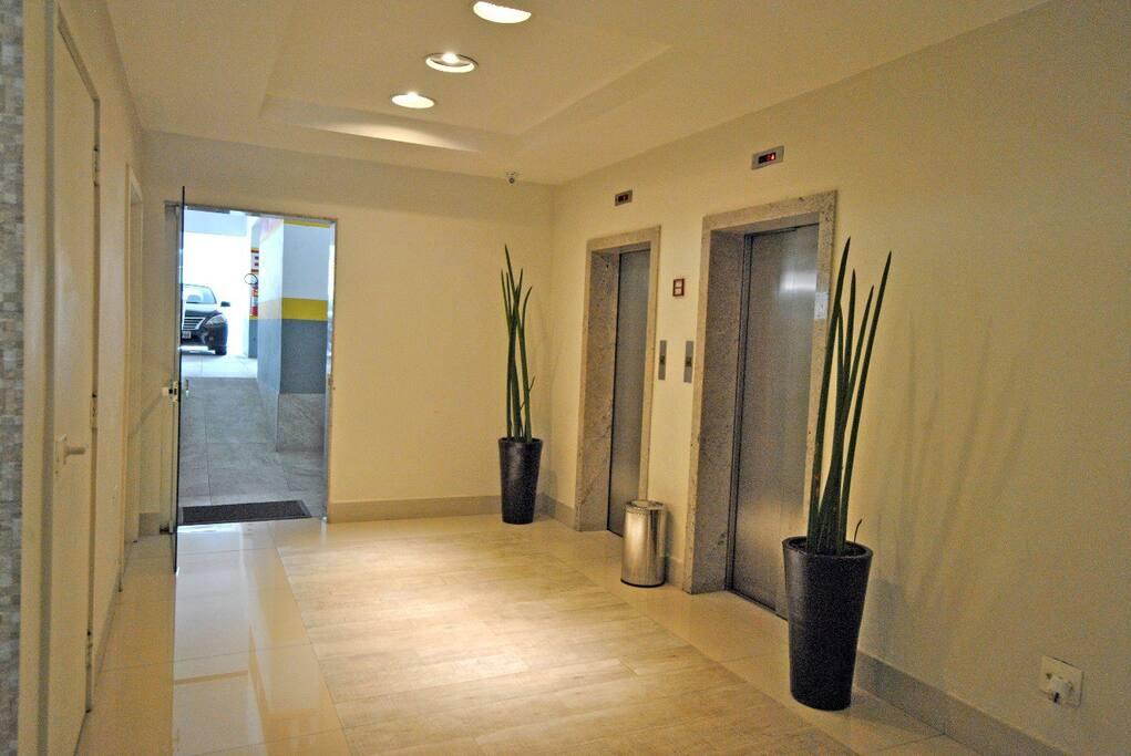 Garagem e acesso elevadores