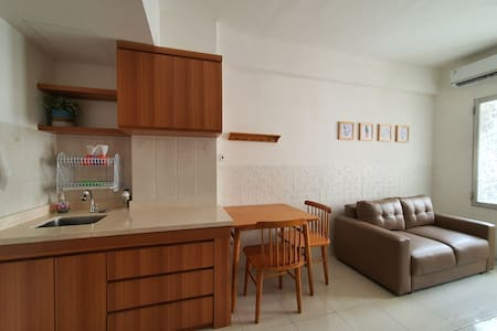 A clean 2BR apartment with a homey feel