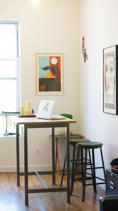 Working/eating table