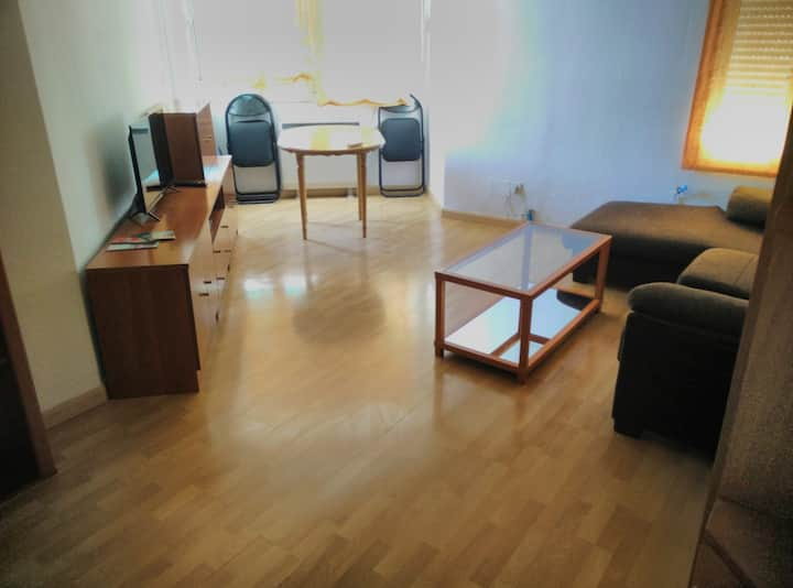 Close to historic center with wifi and air condit.