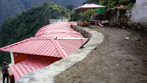 Yatra hill resort