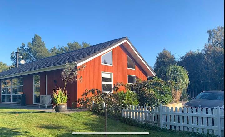 Dejligt sommerhus i Veddinge Bakker