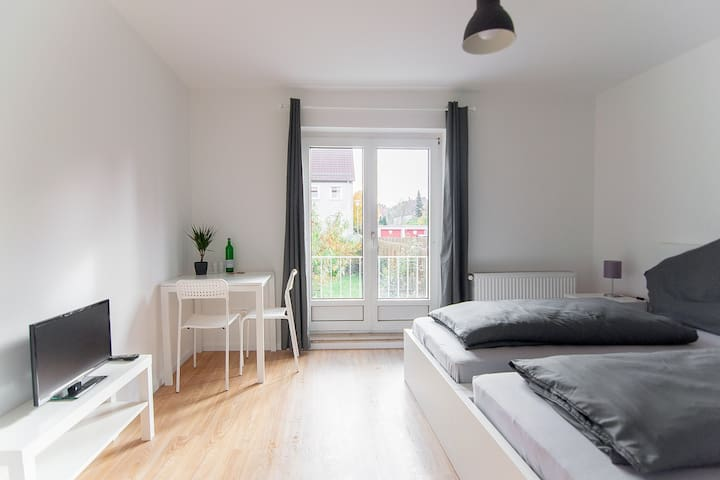 Beautiful apartment - next to fair - Hannover - Byt
