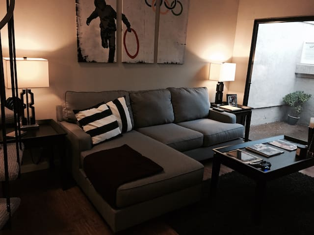 Private Fullerton 1 Bedroom Loft - Orange