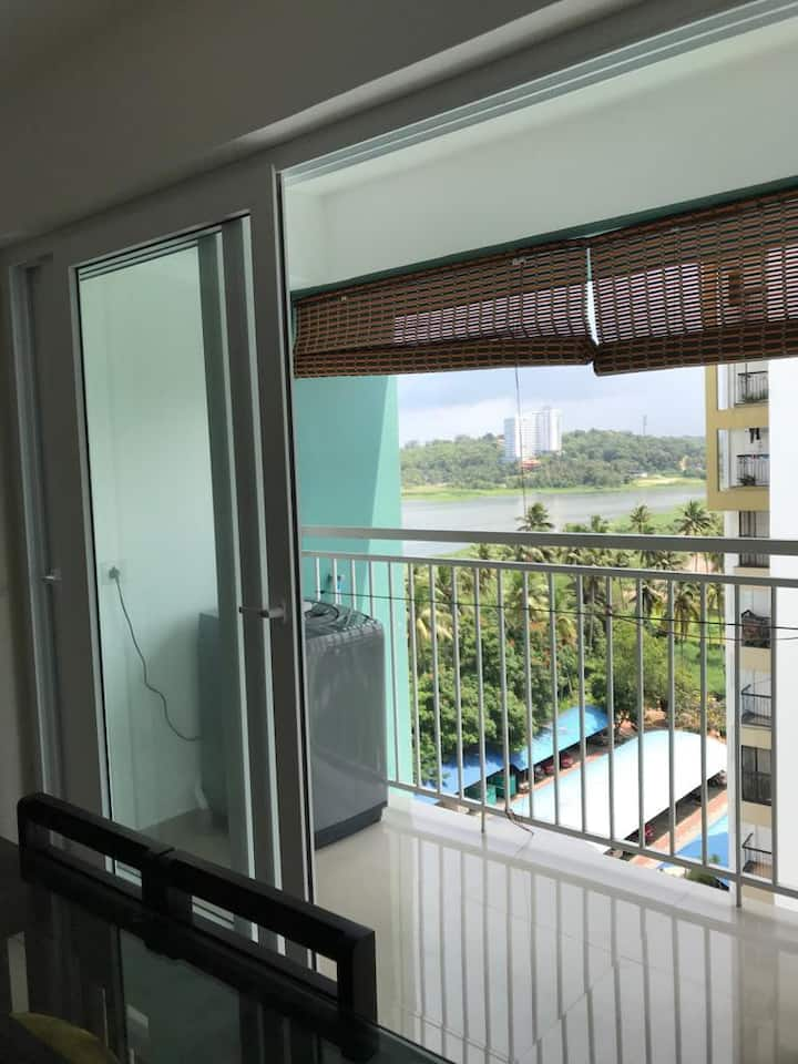 Fully furnished Lake View Apartment