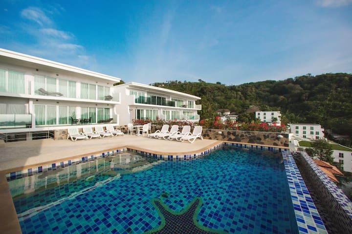 Kata Ocean View Apartment