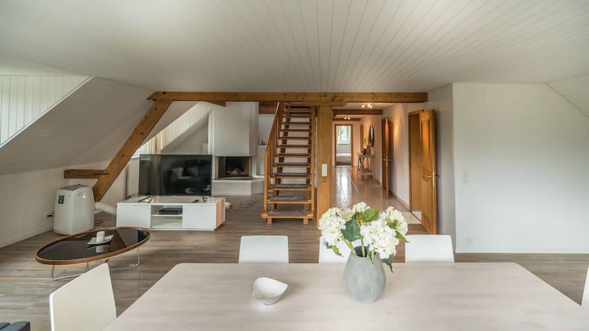Spacious minimalistic design, three bedrooms