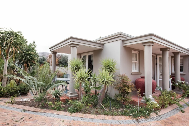 Erinvale Golf Estate Garden Cottage; Somerset West