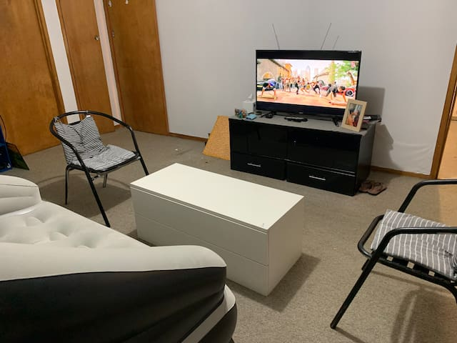Spacious Room in Central AKL , Next to Dominion Rd