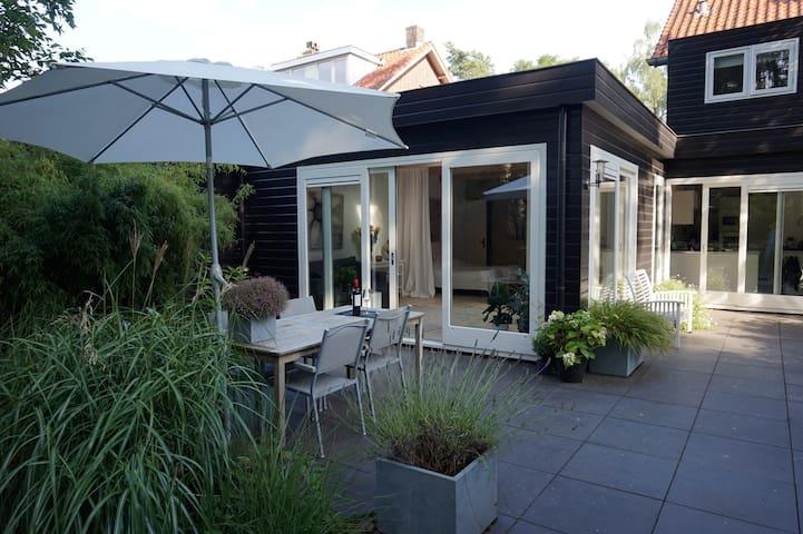 Stylish 40 sqm forest studio near Utrecht
