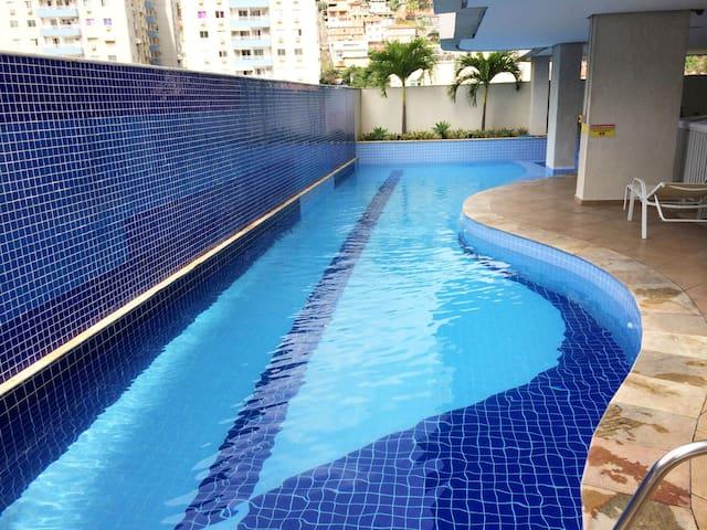 Apartment with leisure area and pool in Niterói. - Niterói - Leilighet