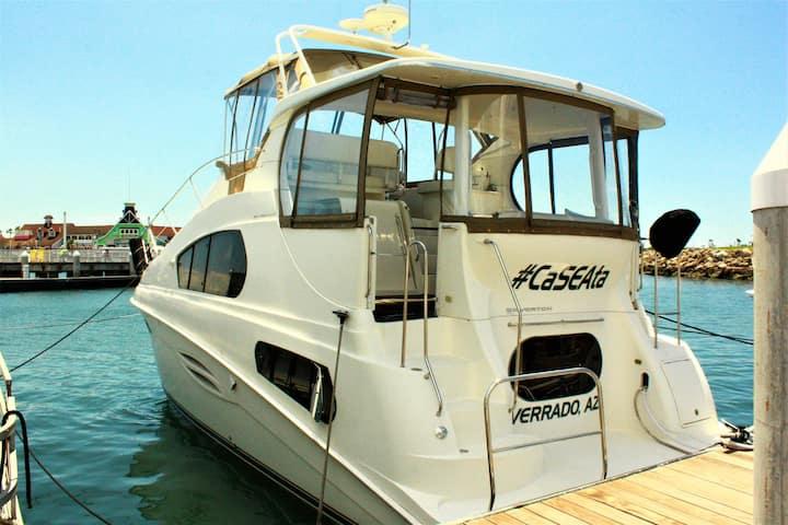 Dockside Boat & Bed, Caseata