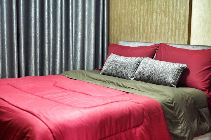 Cosy bed by the airportlink. - Bangkok - Apartament