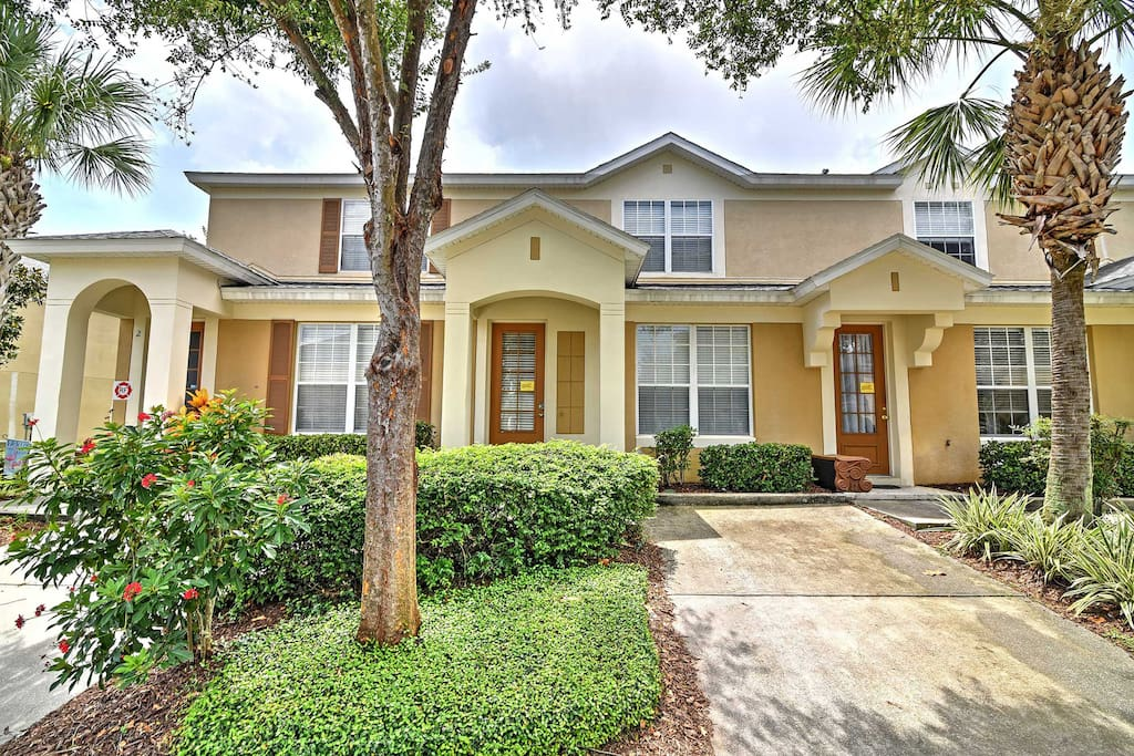 This home is your perfect home-away-from-home and Disney destination!