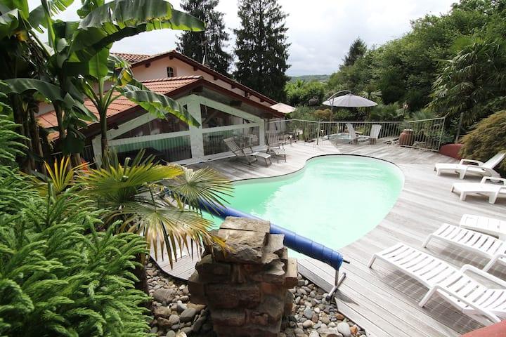 maison ac piscine et jaccousy a 15 mn de biarritz