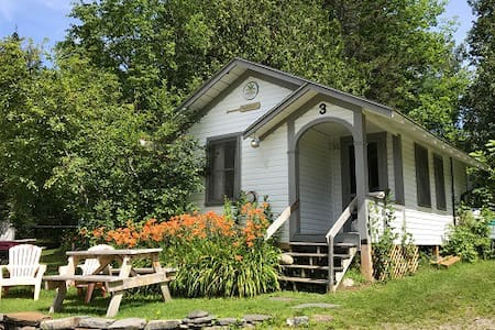 Lovely Lakeview Cabin at Willoughby/ Clean & Cozy