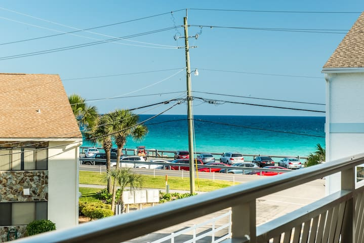 ☀Gulf VIEWS! Renovated☀2 Balconies☀Across from Beach☀2BR Costa Vista Townhome #7