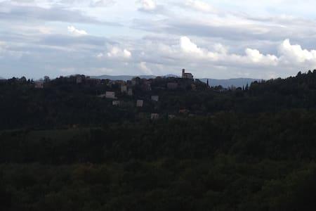 maison dans village centre Corse. - Poggio-di-Venaco