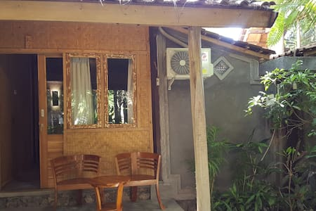 #4 Standard Double Room with AirCon