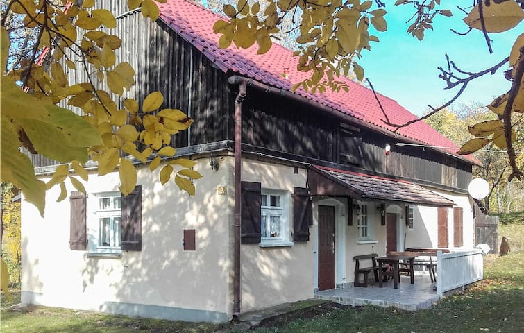 Holiday cottage with 2 bedrooms on 80m² in Grabczyn