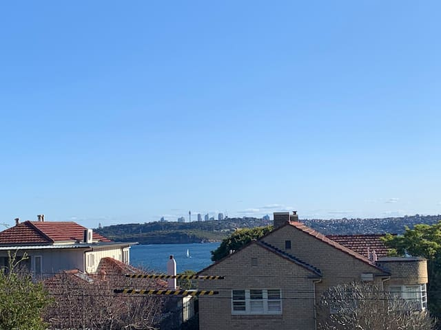 SUNNY 2 BEDROOM APARTMENT WITH CITY AND OCEAN VIEW