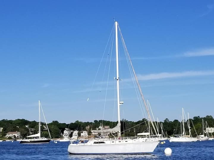 Live Aboard Sailboat in Style