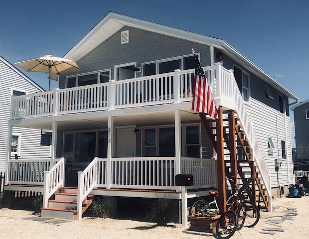 1st Floor Surf City, 3 bedrooms, middle block