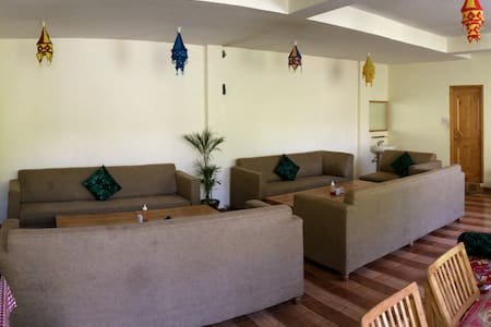 2 bed room river or mountain view - Manali - Bed & Breakfast