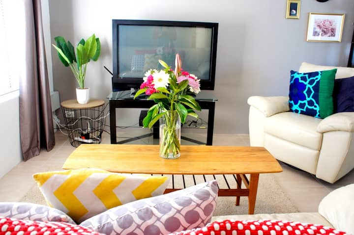 Mandurah 2 BR house |Secure & Private-Great Value!