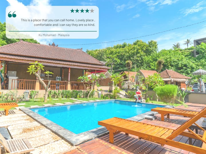 Sweet Penida Holiday Cabin with Pool for 3 Pax