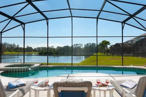 Private Lake Front Villa w/ Pool, Near DisneyWorld