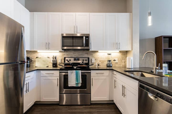 SH-160 · SH-160 The Star - Luxury One bedroom in Frisco
