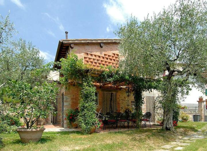 Stunning 3 bedroom Villa in Aquilea (Q3597)