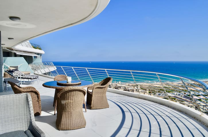 Infinity View Family Penthouse