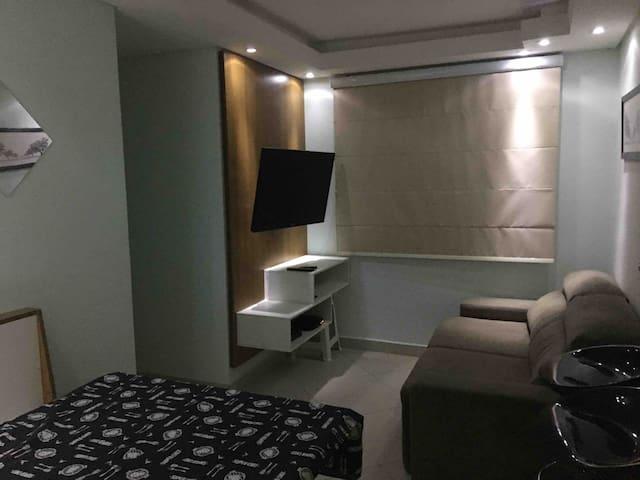 Apartamento 2 quartos, completo no coração de sjc