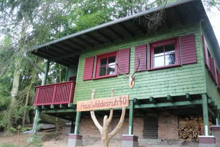 """House """"Waldesruh"""""""