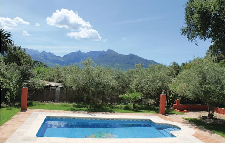 Terraced house with 3 bedrooms on 110 m² in Montecorto