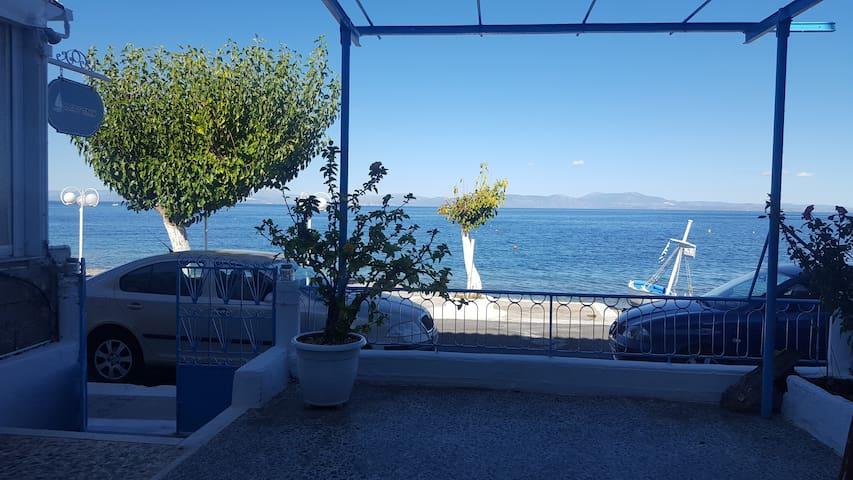 Antony's Apartment Sea View | Tyros Arkadia