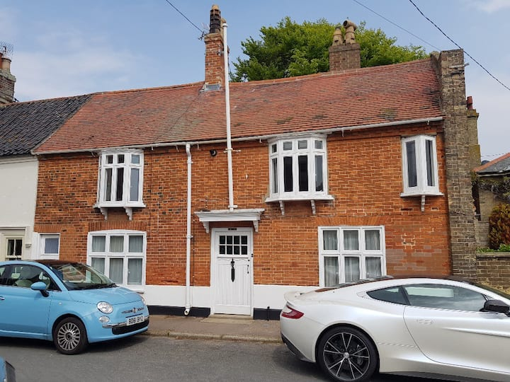 Jersey Lodge, Southwold sea view Perfect location!