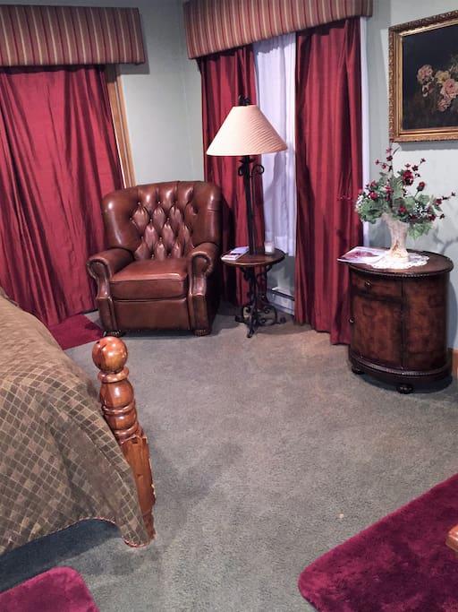 Sitting area in corner of Master Bedroom