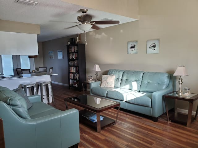 2 Bdrm townhouse across the street from the beach!