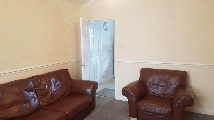 Cosy, warm  and clean 3 bed guesthouse in Stockton