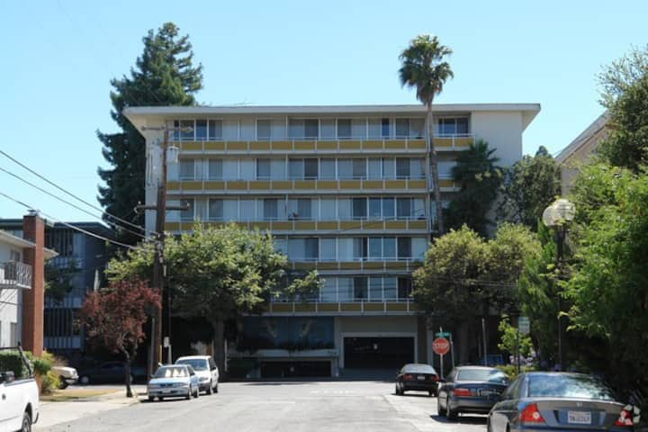 Suburban retreat high rent district