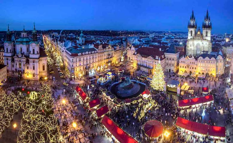 Incredible OLD TOWN SQUARE Ap. CHRISTMAS MARKETS⭐️