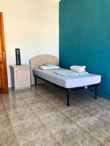 Central Single Bedroom w/balcony in Msida/Gzira