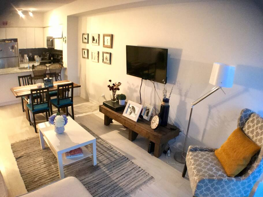 Room For Rent Condo Downtown Toronto