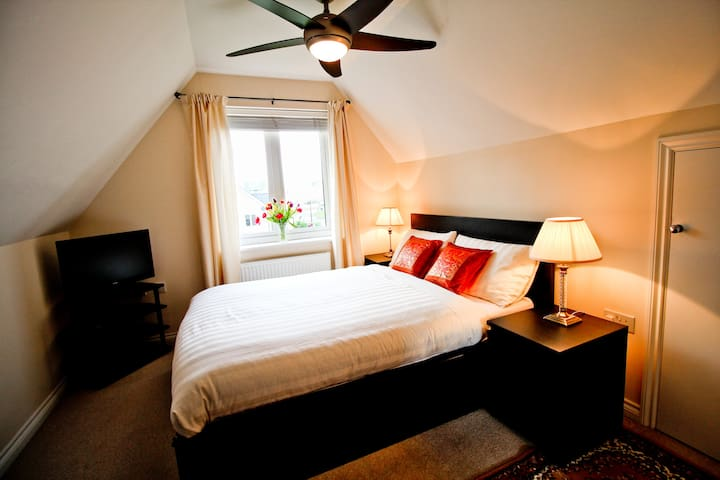 Cosy Bedroom with En-suite - East Cowes - Rumah