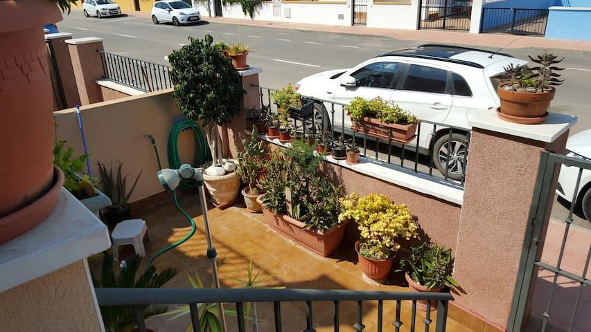 Casa familiar 4 hab. 2 en alquiler. - San Javier, Región de Murcia, ES - Chalet